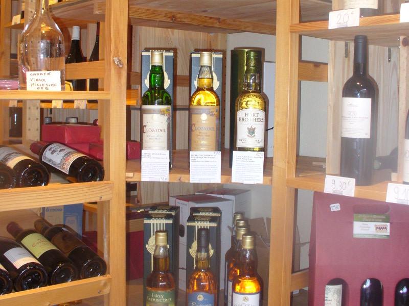 Cave vins au havre le casier bouteilles 80 rue prsident wilson 76600 le havre notre cave for Etagere bouteille le havre